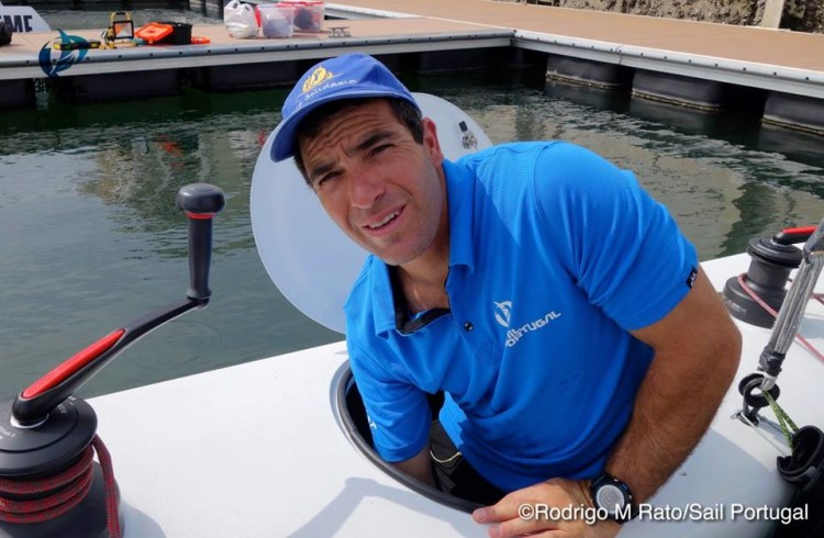 Luís Brito, o olímpico algarvio que integra a equipa portuguesa no Extreme Sailing Series (®SailPortugal)