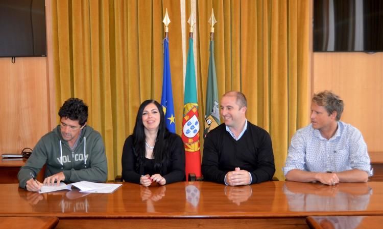 Contrato de patrocínio foi hoje assinado no Salão Nobre dos Paços do Concelho de Vila do Bispo (®PauloMarcelino)