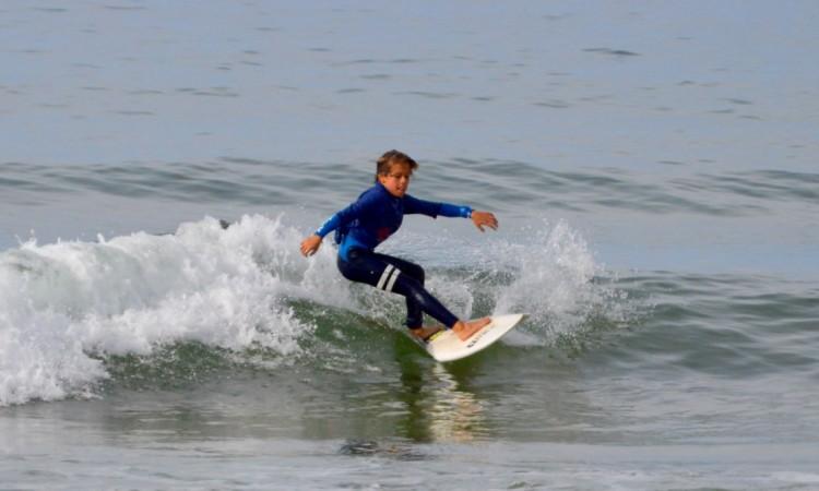 Francisco Ordonhas, do Estoril, mostrou hoje em Portimão uma bonita linha de surf (®PauloMarcelino)