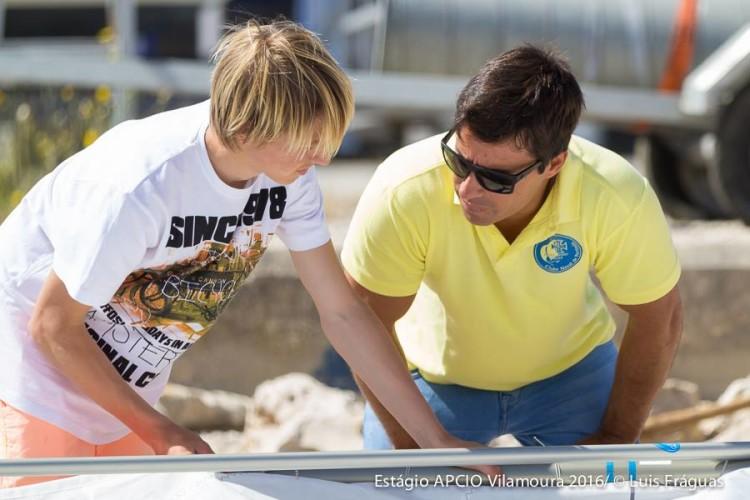 Frederico Rato, na imagem junto com o jovem Daniel Cristiano; regressou a um patamar de reconhecimento técnico do qual estava ausente há 3 ou 4 anos (®LuisFraguas)