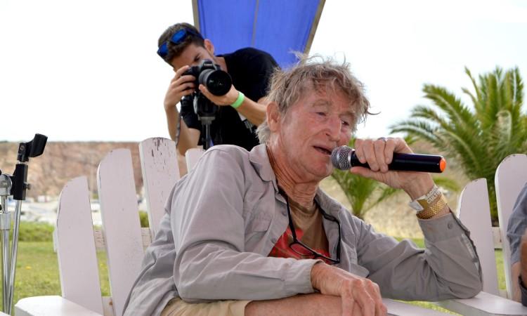 Rusty Miller, 73 anos de idade, 62 anos nas ondas; uma lenda viva do surf mundial (®PauloMarcelino)