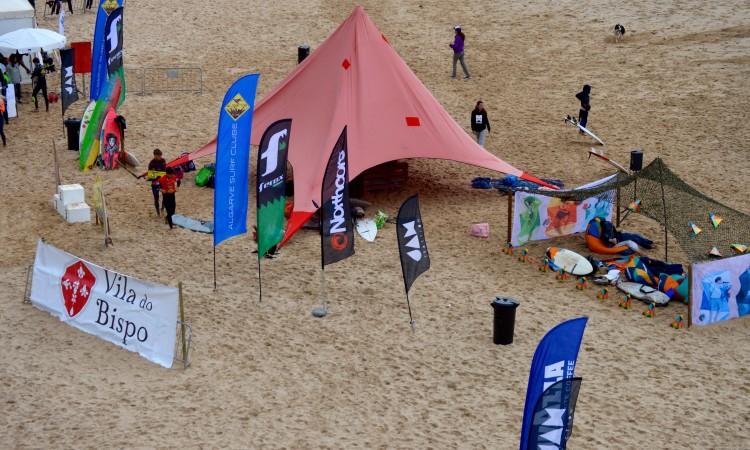 Outra perspetiva da última prova organizada pelo Algarve Surf Clube (®PauloMarcelino/Arquivo)