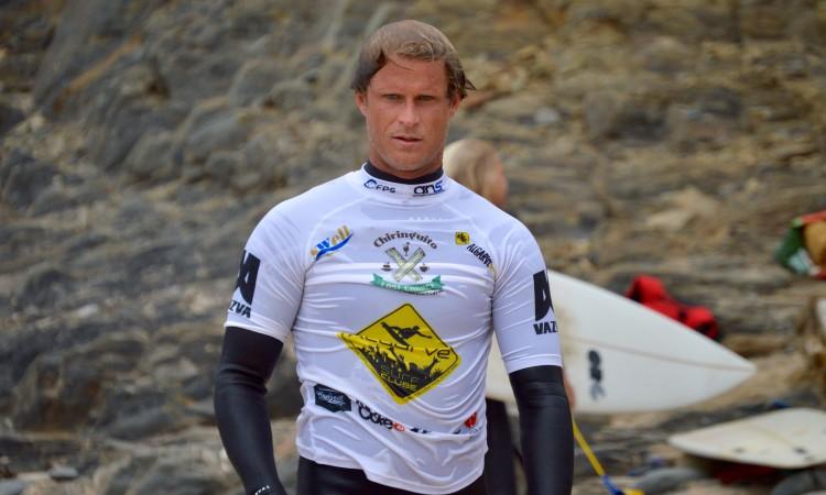Marlon Lipke foi o melhor surfista algarvio nas duas primeiras etapas Liga Moche 2016 (®PauloMarcelino/Arquivo/maio2016/Castelejo)