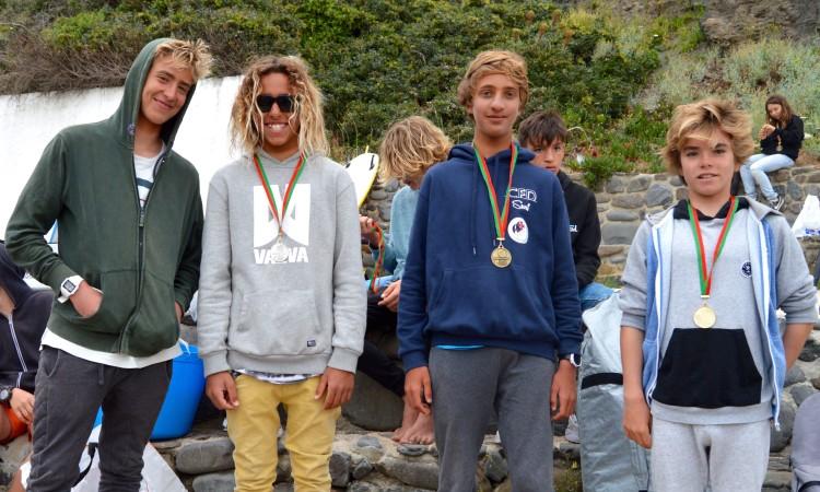 Pódio Iniciados Surf Masculino 4º Encontro Regional (®PauloMarcelino)