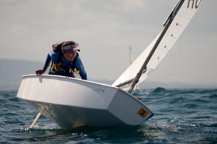 Beatriz Gago é a melhor atleta do Algarve no ranking nacional de Optimist. Vai ao Mundial em Vilamoura (®FPV)