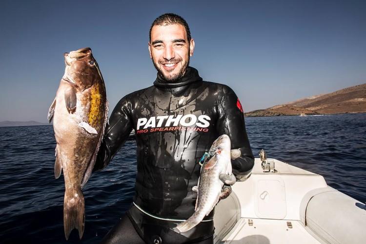 André Domingues foi o único português a apresentar peixe. Foi apenas um exemplar, pelo que um dos dois na imagem não foi validado (®DR)