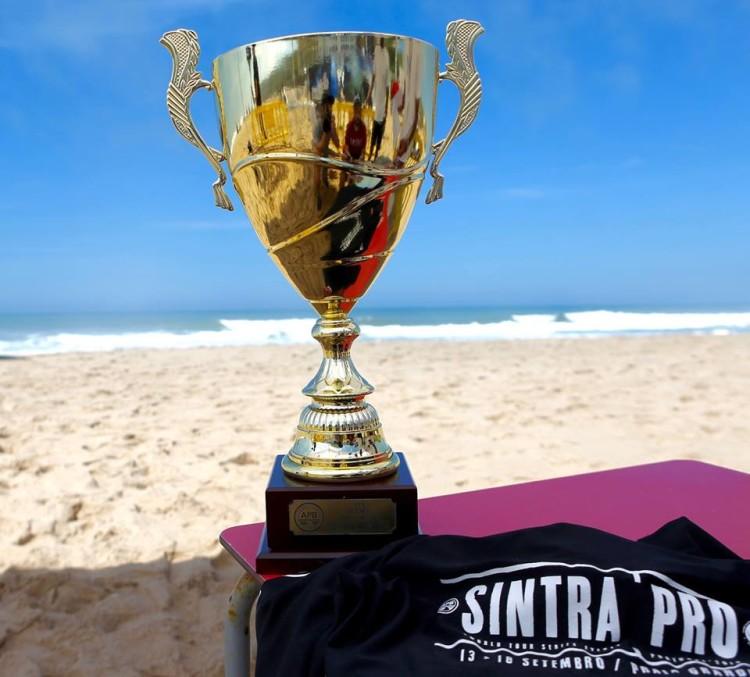 Portugal Sintra Pro consagrou dois campeões do mundo. Domingo, hoje, foi dia de finais na Praia Grande (®APB)