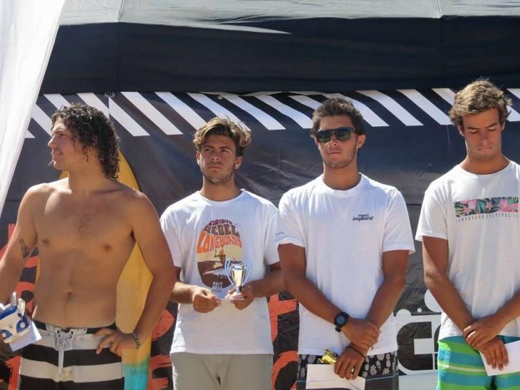 José Mestre no pódio Open (2º) com três campeões nacionais (®MariaInesMestre)