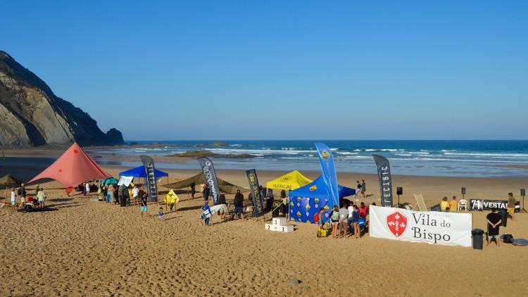 Município de Vila do Bispo apoiou a realização da finalíssima nacional Sub-12, na Praia do Castelejo, este ano (®PauloMarcelino/arquivo)