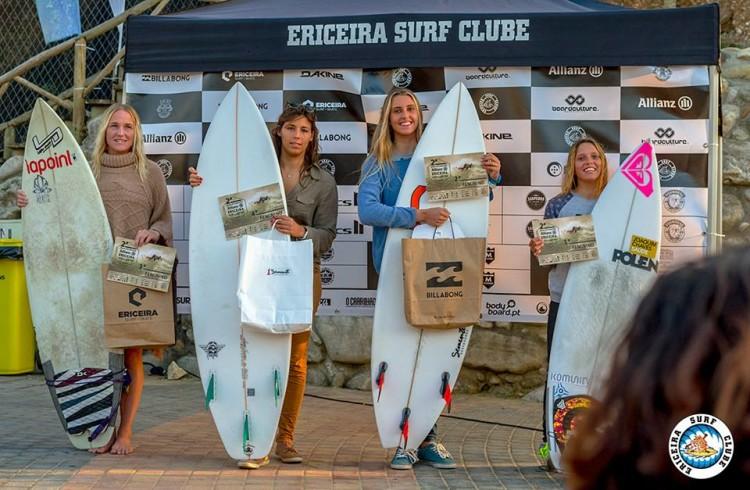 Algarvia Concha Balsemão (de camisola azul) fez 2º lugar na categoria Open (®AlvaroFr/EriceiraSC)