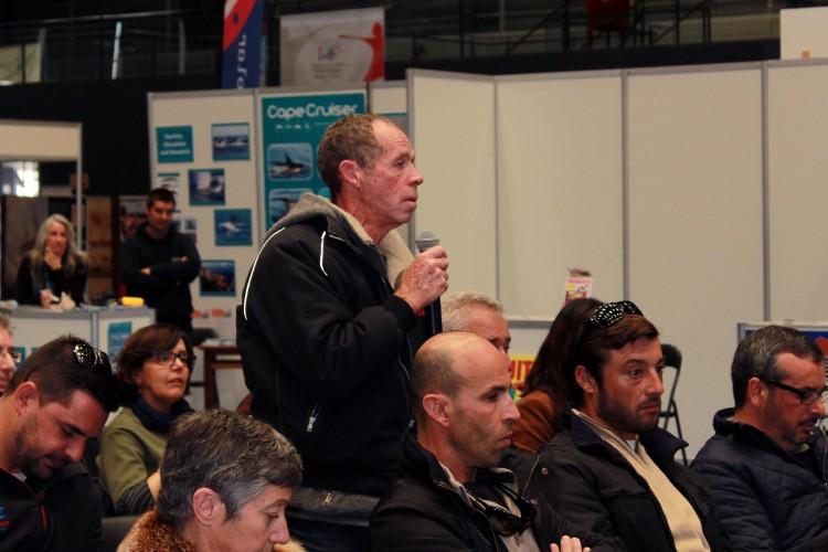Operadores marítimo-turísticos participaram no debate, colocando questões práticas sobre a atividade (®EscolaProfissionalGilEanes)