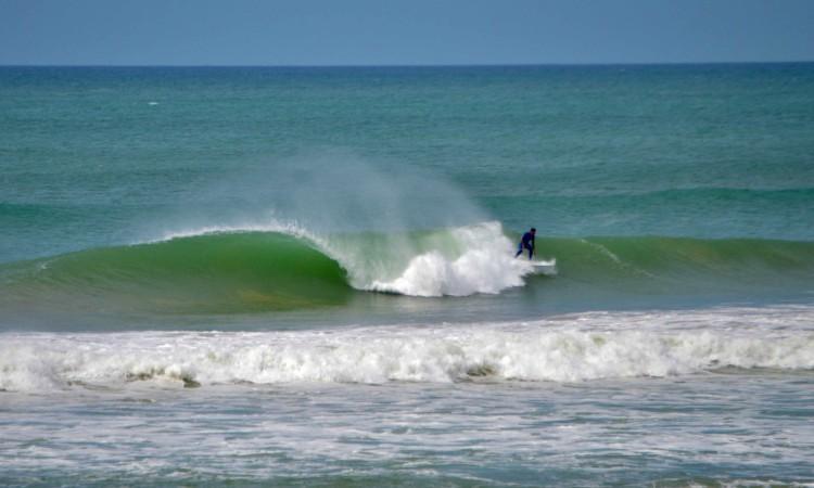 Praia de Faro tem estado 'a bombar', sobretudo, desde quarta-feira (®LuisGamito)
