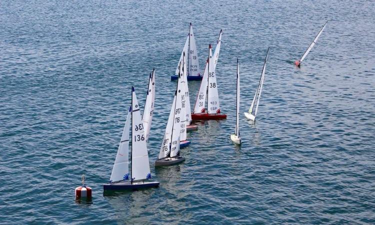 Modelos IOM em plena regata no campeonato nacional em Olhão (®DR)