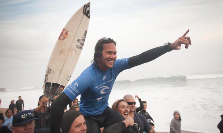 Jordy Smith venceu em Bells e é agora o vice-líder do 'ranking' CT (®WSL/EdSloane)