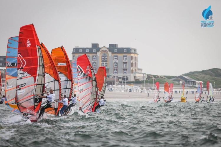 Atletas cumpriram duas regatas no primeiro dia, terça-feira; e não saíram esta quarta-feira (®IFWC)
