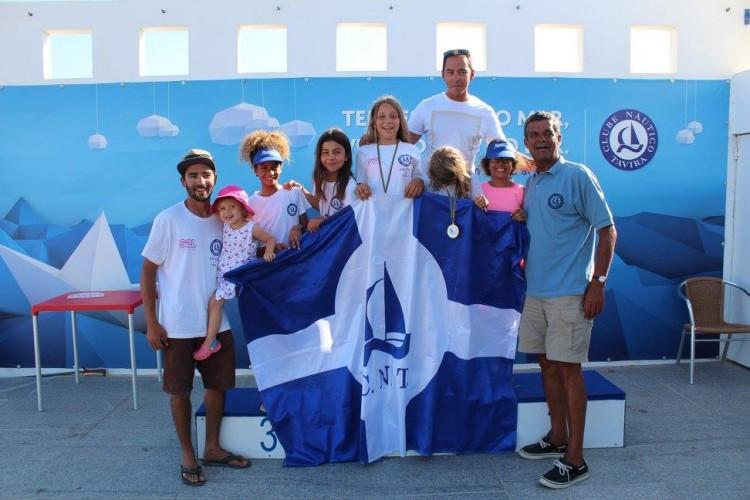 Festa das atletas, treinadores e dirigentes na sede do Clube Náutico de Tavira após o campeonato (®CNT)