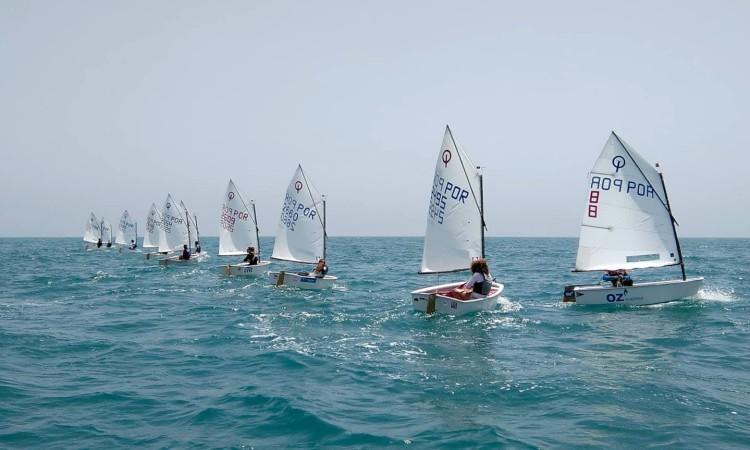 Depois da saída de mar esta quinta-feira, na imagem, os atletas vão treinar largadas sexta-feira (®DR)