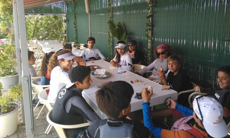Atletas almoçam e aproveitam para se conhecerem melhor (®DR)