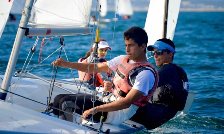 Dupla algarvia Manuel Fortunato & Frederico Baptista está apurada para o Mundial de 420 na Austrália (®PauloMarcelino/arquivo)