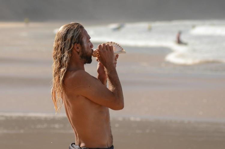 Búzio foi a buzina do evento, realizado dia 1 de outubro, na Praia da Arrifana (®MassimoPardini/AlgarveSurfPhoto)