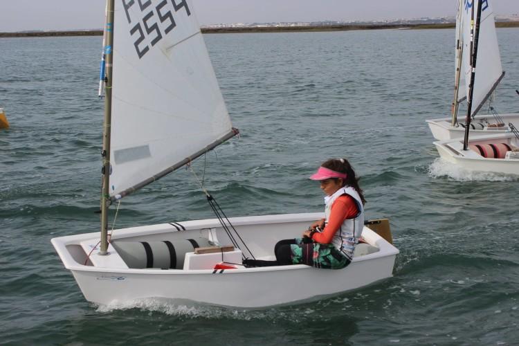 Beatriz Cintra, vencedora Optimist Juvenis (®MiguelCaetano/GCNF)