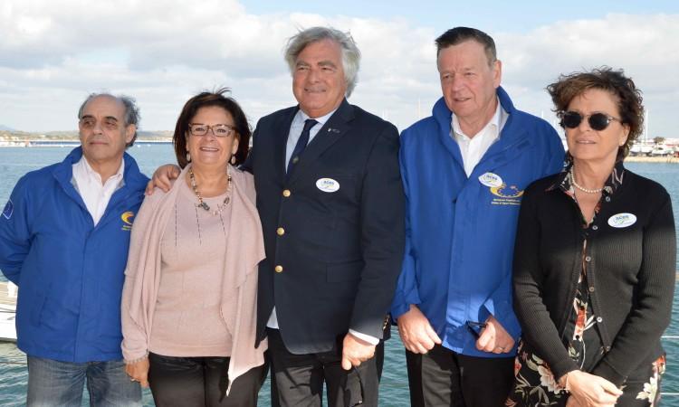 Isilda Gomes com os elementos da Comissão de Avaliação da ACES Europe (®PauloMarcelino)